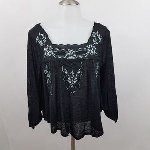 Free People Top XS Black Gray Embroidered Peasant